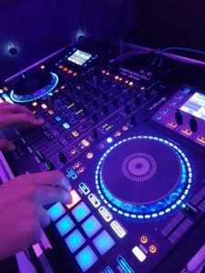 Hire DJ in Surrey